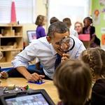 Barack Obama: Barack_Obama_through_a_magnifying_glass