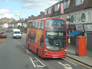 Blue Triangle WVL336 on Route EL1