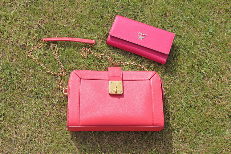 purse and bag