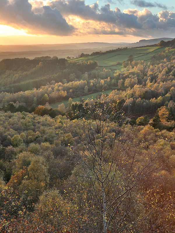 A landscape photograph in the Derbyshire Peak District.