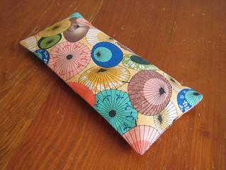 Japanese parasol eye pillow