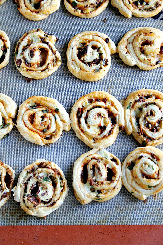 Bacon-BlueCheese Buffalo Style Pinwheels