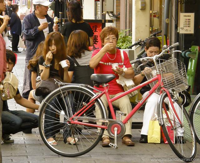 Hora de merendar en Asakusa