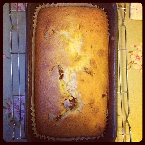 Cherry and almond loaf cake #cake #teatime