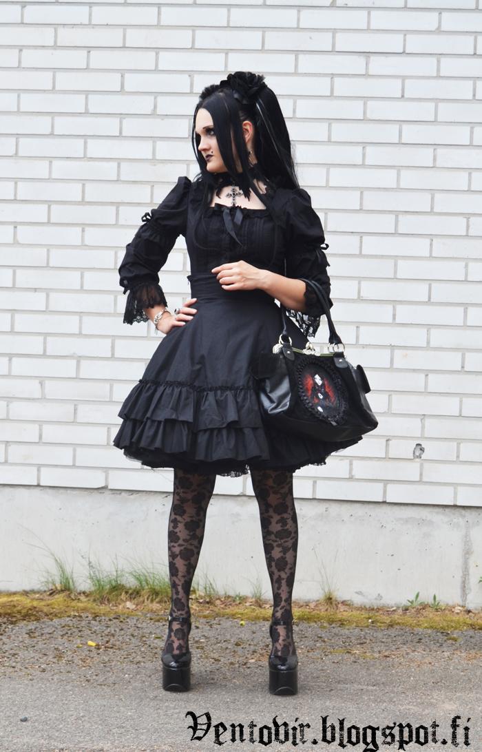 blacklolita2