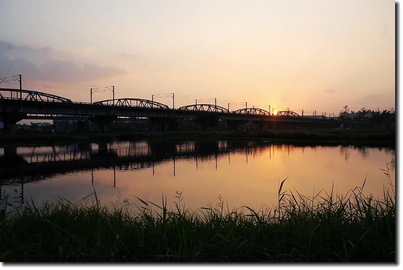 高屏舊鐵橋夕照 1