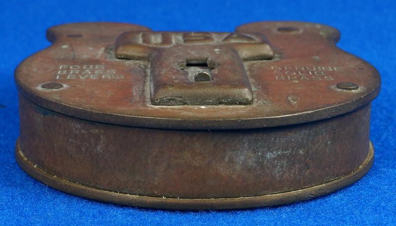 RD15222 Admiralty 4 Lock USA 4 Brass Levers DBC Lock Co LTD 004-02-01 Steampunk DSC08839