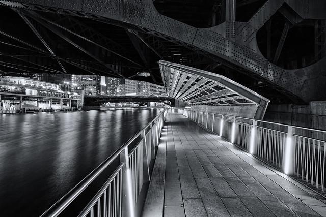 Chicago Riverwalk Dearborn Bridge ©2017 Lauri Novak
