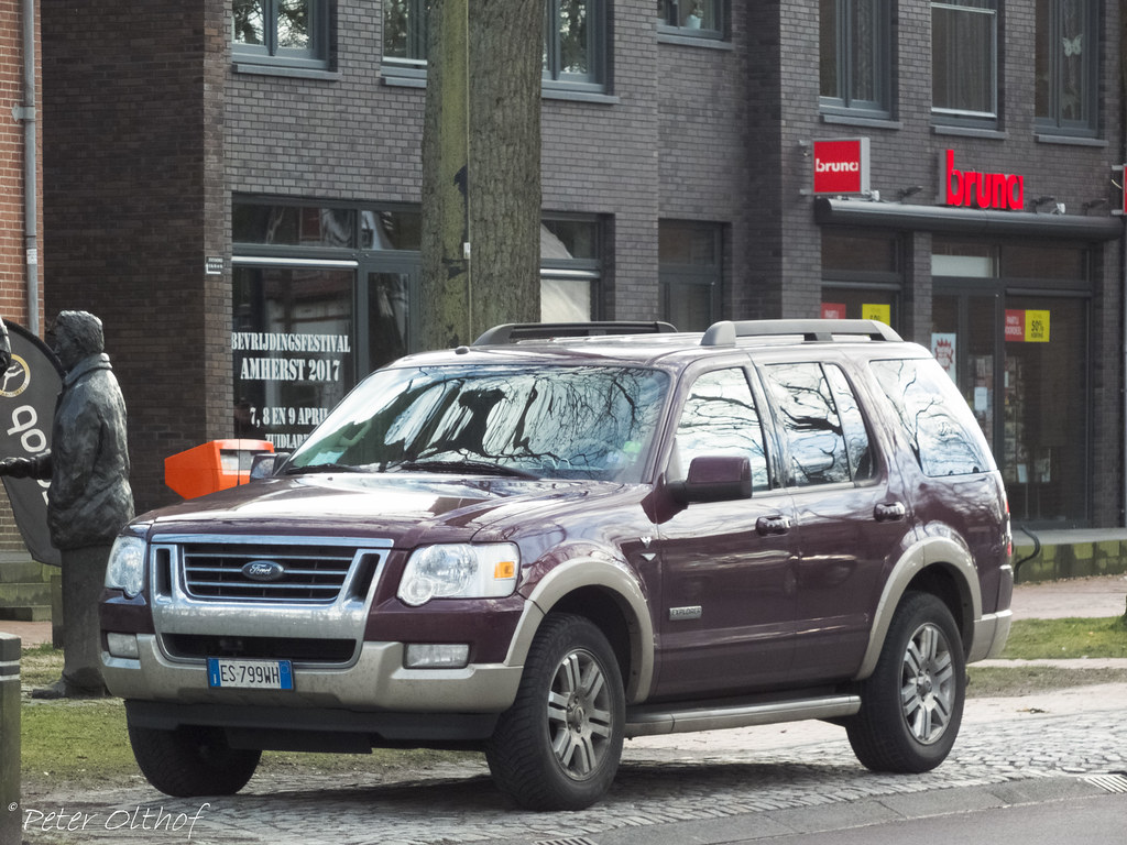 Ford Explorer , from Italy