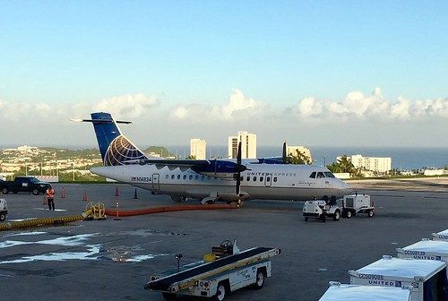 United Express opb Cape Air ATR 42