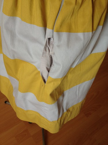 yellow stripe 9929 pocket lining view