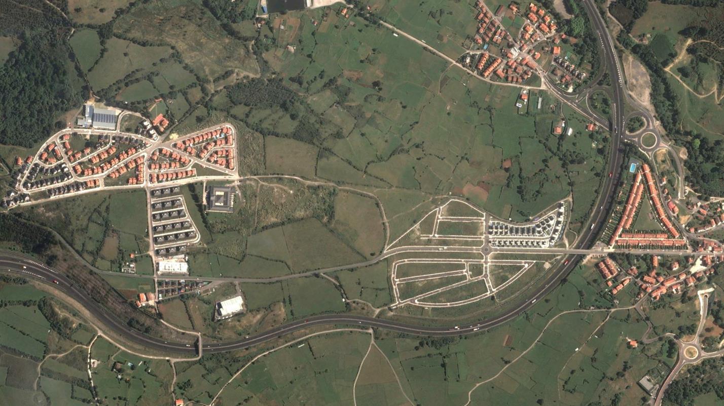 después, urbanismo, foto aérea,desastre, urbanístico, planeamiento, urbano, construcción, Castro Urdiales, Cantabria