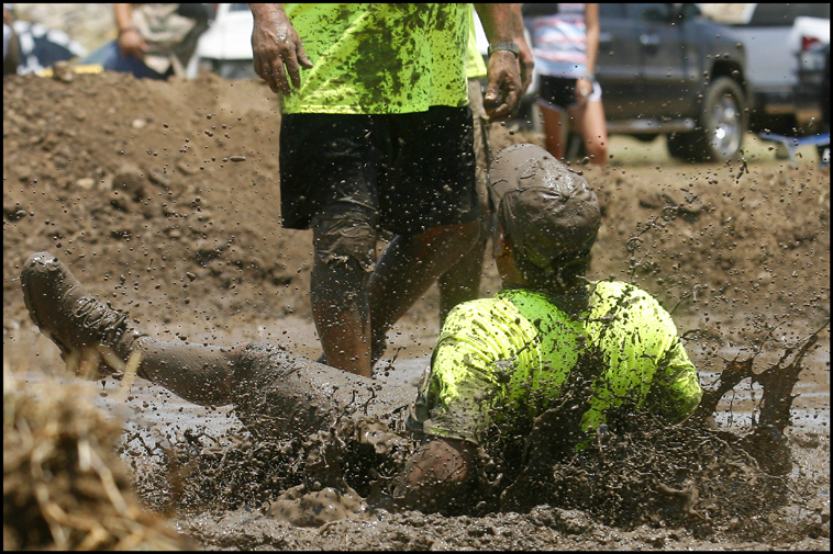 MudVolleyball05