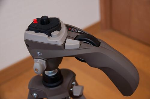 Manfrotto 三脚 COMPACT三脚フォト-ムービーキット グレー 5段 小型 フォトムービー雲台 アルミニウム製 MKC3-H02