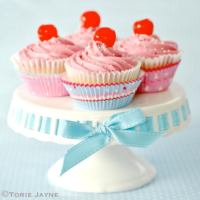 Gluten free cherry & almond vanilla cupcakes