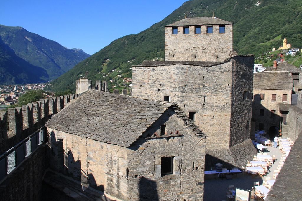 553_Bellinzona castell de Montebello