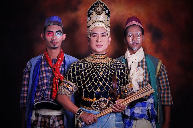 Persembahan Teater Tradisional Makyung