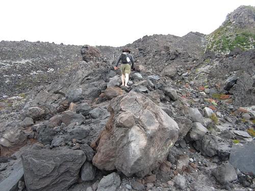 climbing Monitor Ridge barefoot
