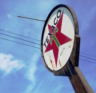 Old Mule 's Texaco Sign