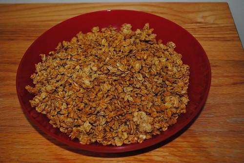 Peanut Butter Crisps Granola (2)