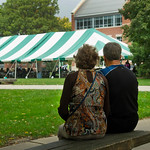 hmc020 -- Joyce '75 and Terry Schupp enjoy a moment on the Quad during the Family Fun and Pancake Breakfast.