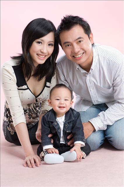 「发表」幸福全家福- 贝儿写真造型作品图片