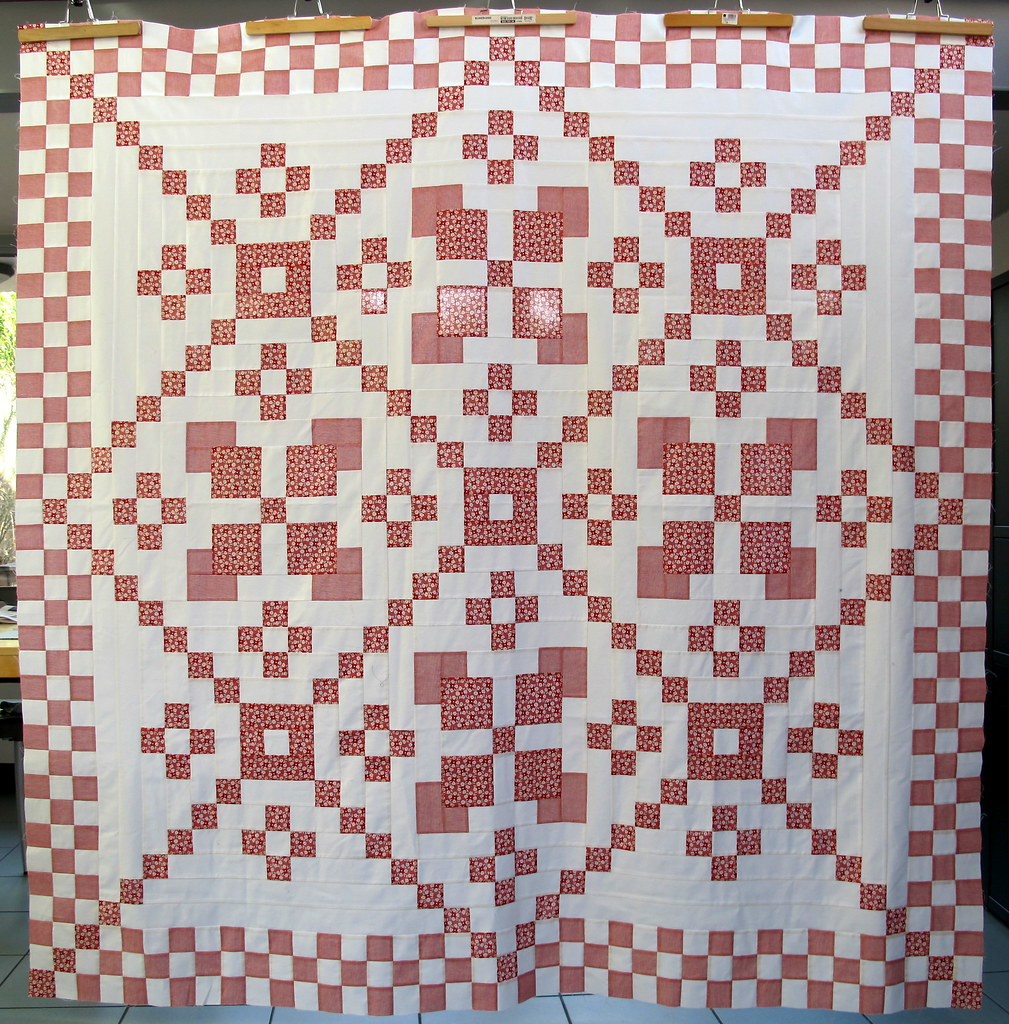 Red and White quilttop finished