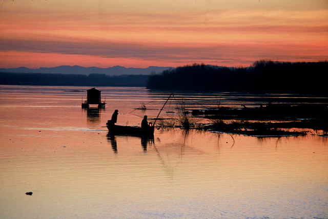 22. Pescando en Brescello. Autor, Turismo Emilia Romagna