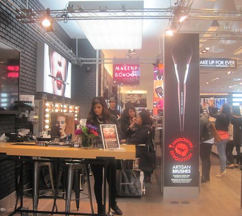 MUFE Sephora Eaton Centre - via Oliva