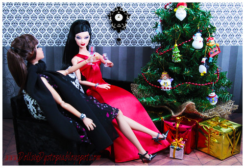 Christmas Cheer by DollsinDystopia