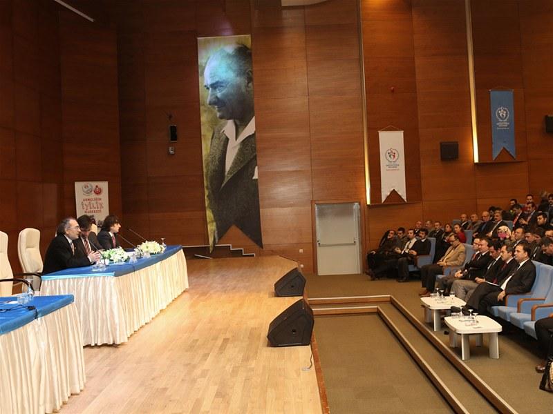 'Bilgelerin İzinde' Prof. Dr. Nevzat Tarhan'ı Ağırladı  2
