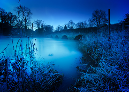 longexposure morning bridge blue tree water sunrise river dawn nikon frost bedfordshire frosty le nd ouse hitech felmersham d7000 bigstopper