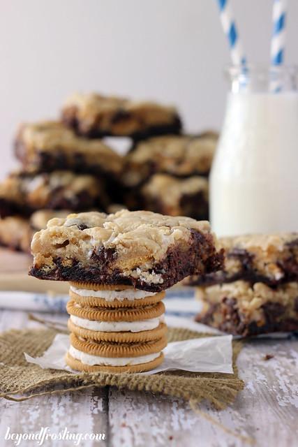 Marshmallow Oreo Brookies | beyondfrosting.com | #Oreos #brookies