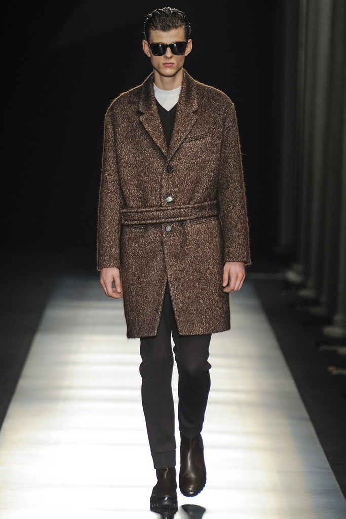Elvis Jankus3153_FW14 Milan Neil Barrett(vogue.co.uk)
