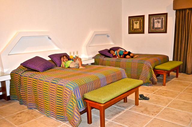 luxury eco lodge, el remate peten guatemala