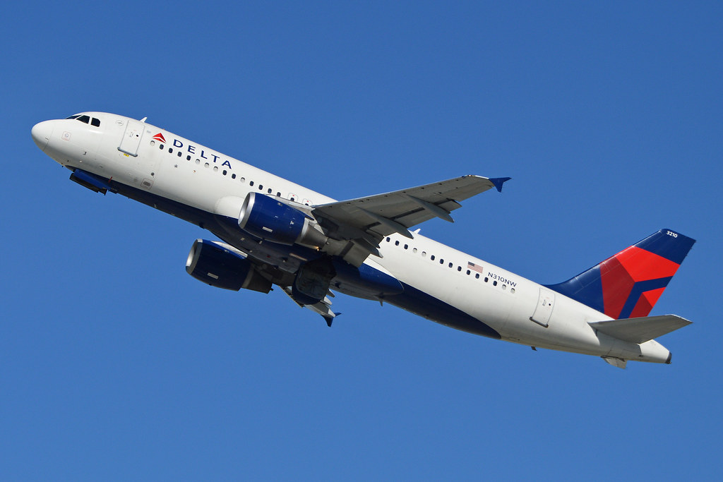 Airbus A320-211 'N310NW' Delta