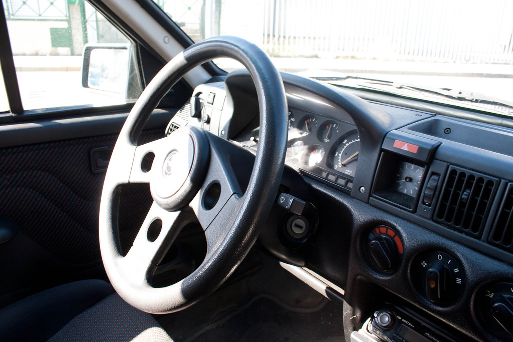 Opel Corsa A GSi MKII 14269916486_aa303c8d9d_b