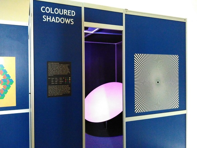 Regional-Science-Center-Coimbatore-Coloured-Shadows-Scientific-Exhibit
