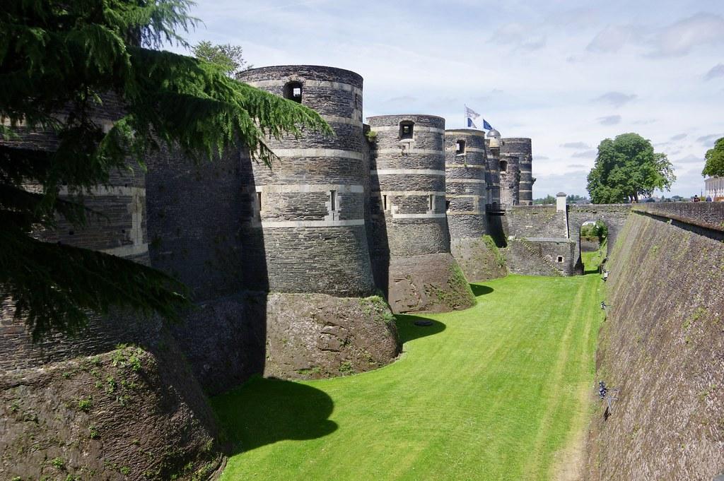 Foso castillo de Angers