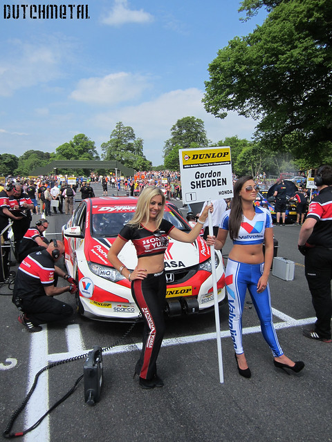 grid girls Valvoline