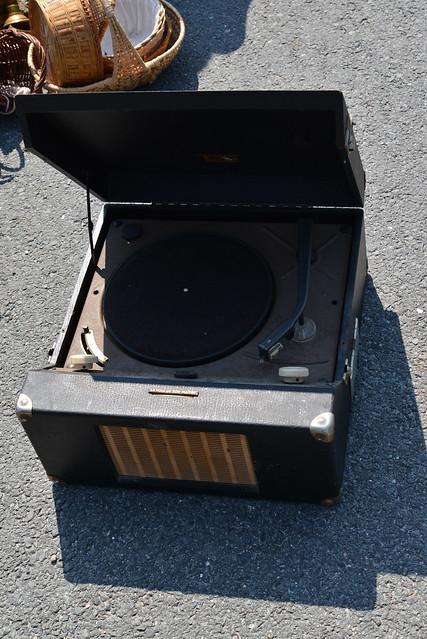 Tourne disque avec haut parleur int gr flickr photo - Tourne disque avec haut parleur integre ...
