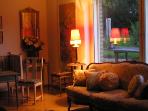 reflections interiors sala 500views olohuone houseinfinland anicecorner fabcouch farbetterhousesandgardens atownhouseinfinland loviisafinland
