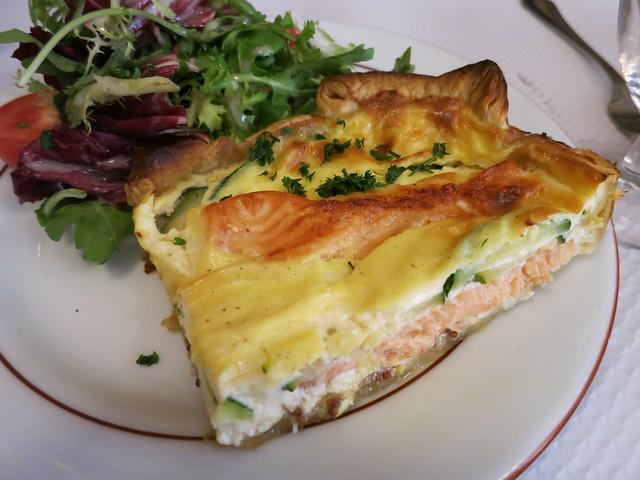 Salmon quiche - Au Petit Bouchon Chez Georges