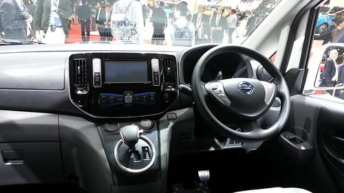 e-NV200 運転席