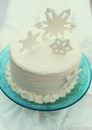 Snowflake Cake Top View web