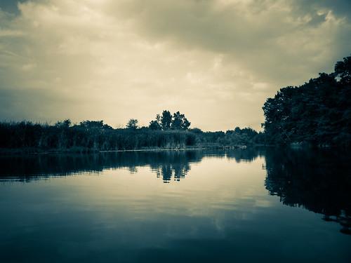 water river landscape kayak huronriver oakwoodsmetropark