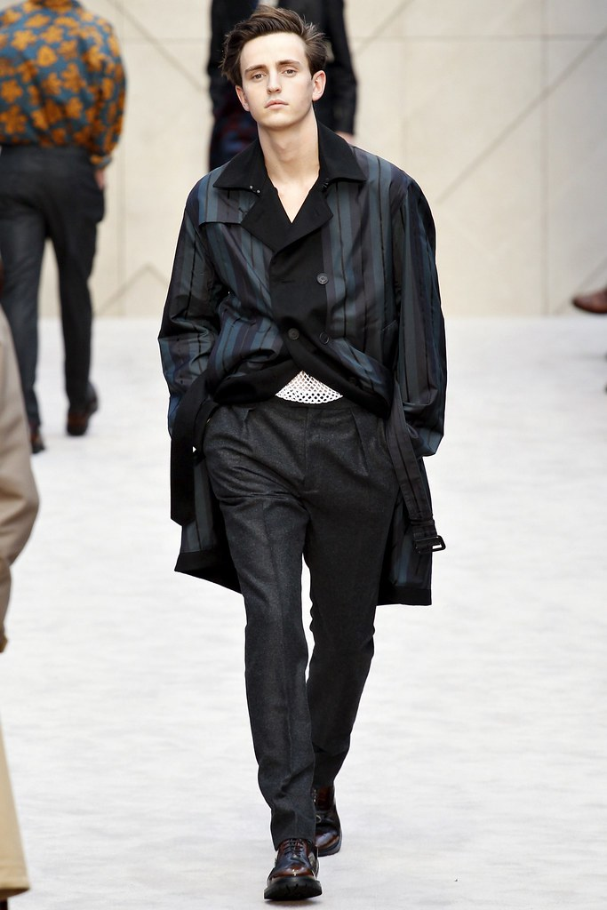 FW14 London Burberry Prorsum037_Alex Dunstan(VOGUE)