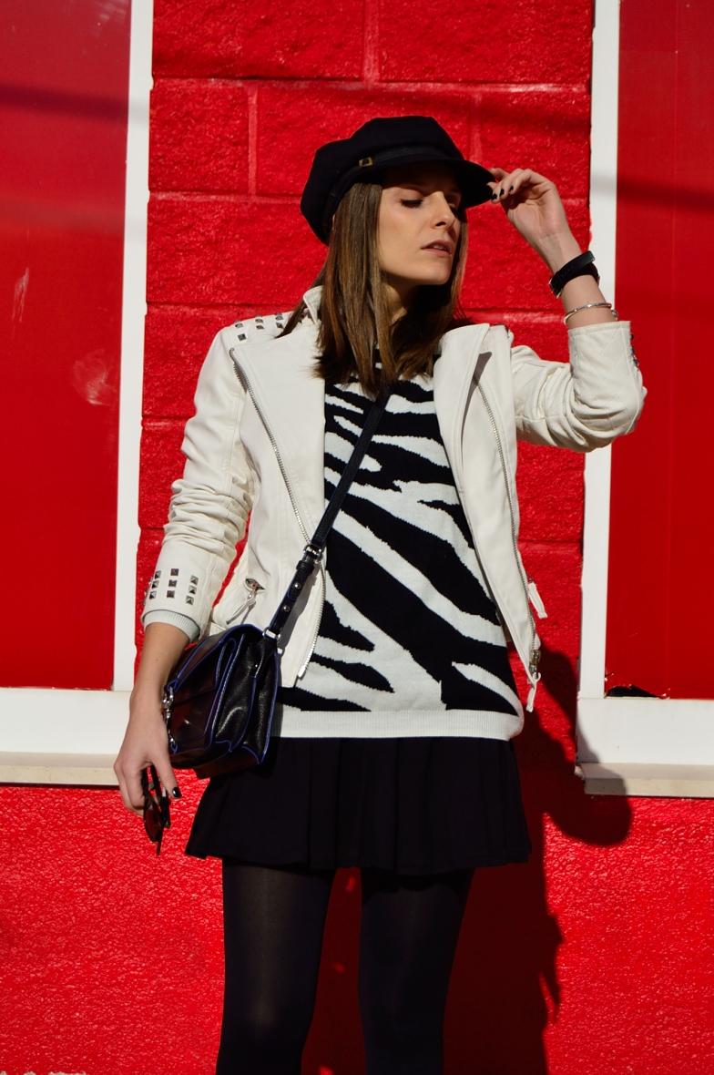 lara-vazquez-madlula-blog-black-white-combo-hat-look