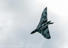 Vulcan XH558 - Flypast over RAF Marham