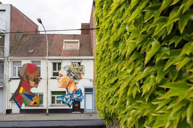 strook-street-art-recycled-doors-6.jpg.650x0_q70_crop-smart